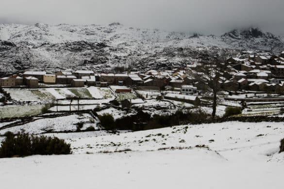 8 lugares em Portugal que se pintam de branco no inverno