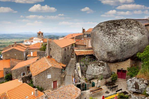 Monsanto, uma aldeia esmagada entre pedras