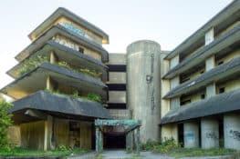 O hotel abandonado dos Açores: da glória à ruína